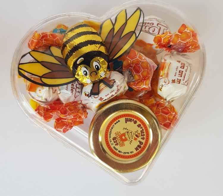 חבילת דבש בקופסה